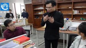 social-media-star-chinese-sign-language-lawyer-tang-shuai-help-deaf-community